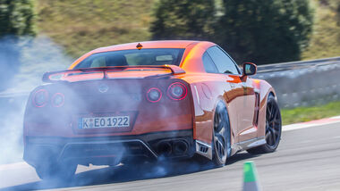 Nissan-GT-R-Black-Edition-Einzeltest