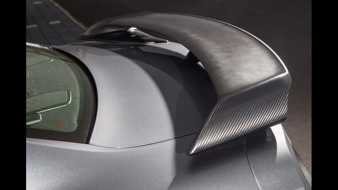 Nissan GT-R Black Edition, Heckspoiler