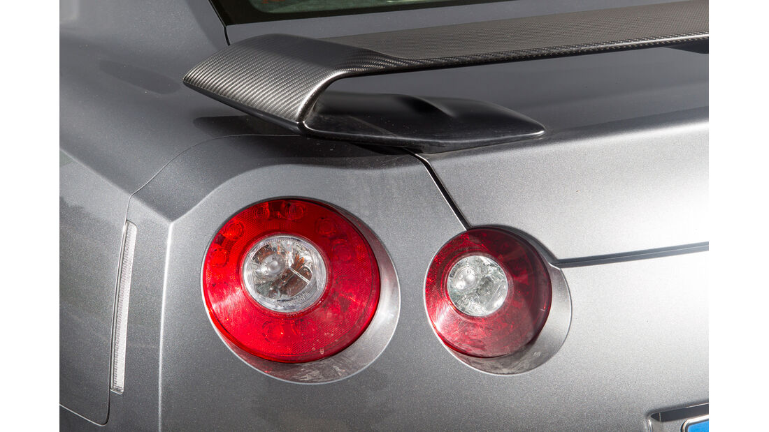 Nissan GT-R Black Edition, Rückleuchten