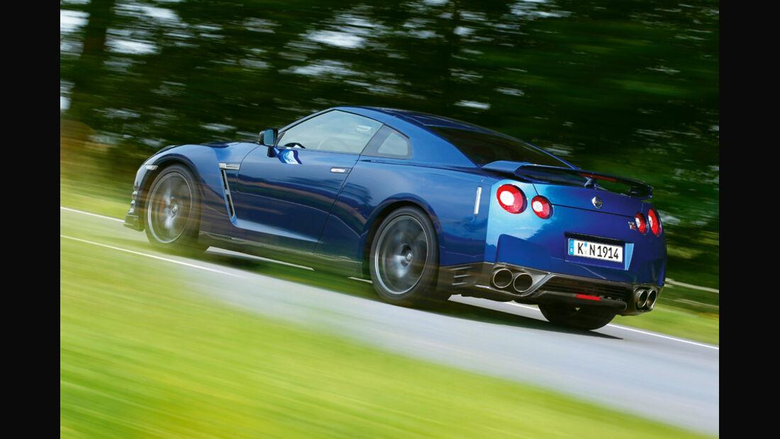 Nissan GT-R CBA-R35, Seitenansicht