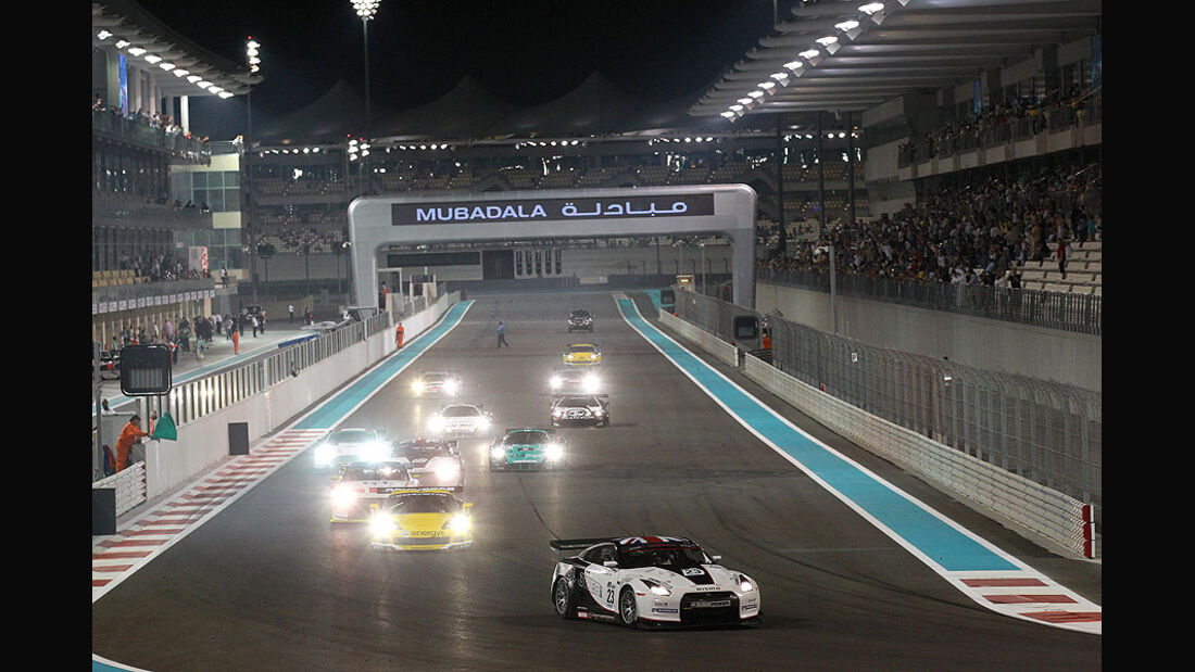 Nissan GT-R GT1 WM Abu Dhabi 2010