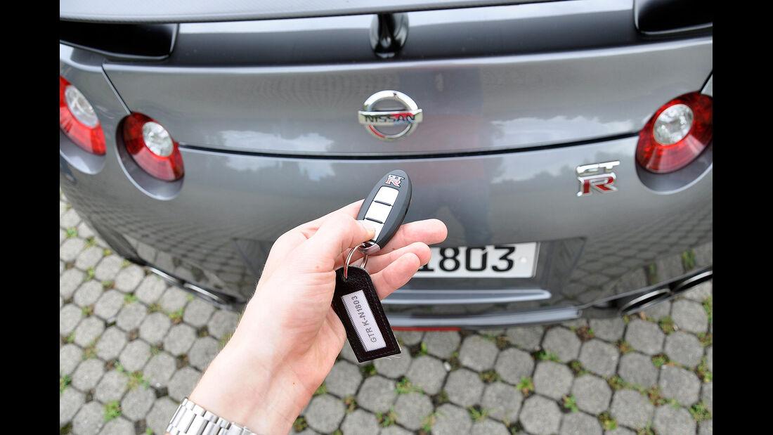 Nissan GT-R, Heckklappe