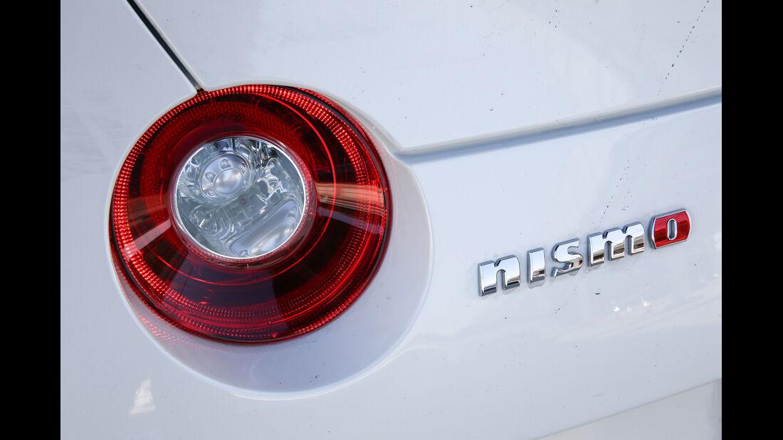 Nissan GT-R, Heckleuchte