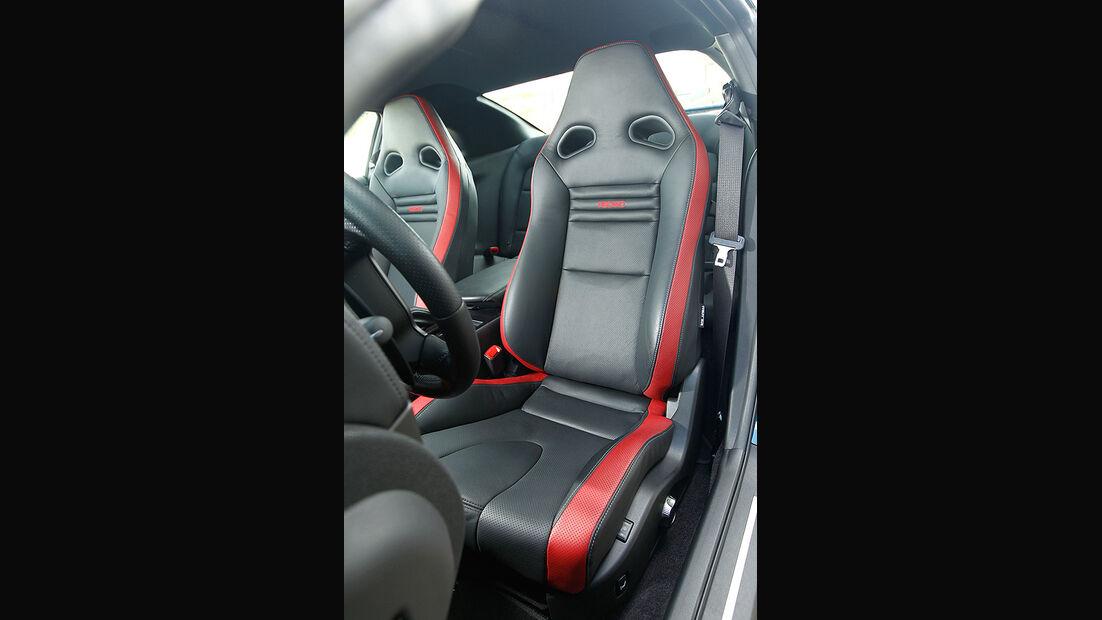 Nissan GT-R, Innenraum, Fahrersitz, Detail