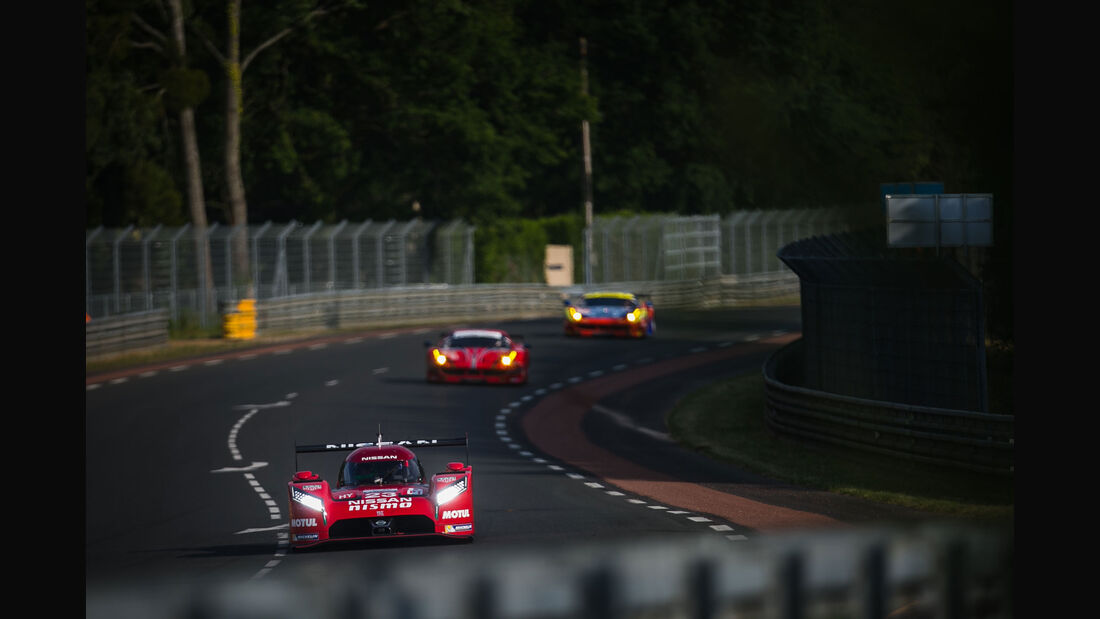 Nissan GT-R LM Nismo - Startnummer #23 - 24h-Rennen Le Mans 2015 - Donnerstag - 12.6.2015