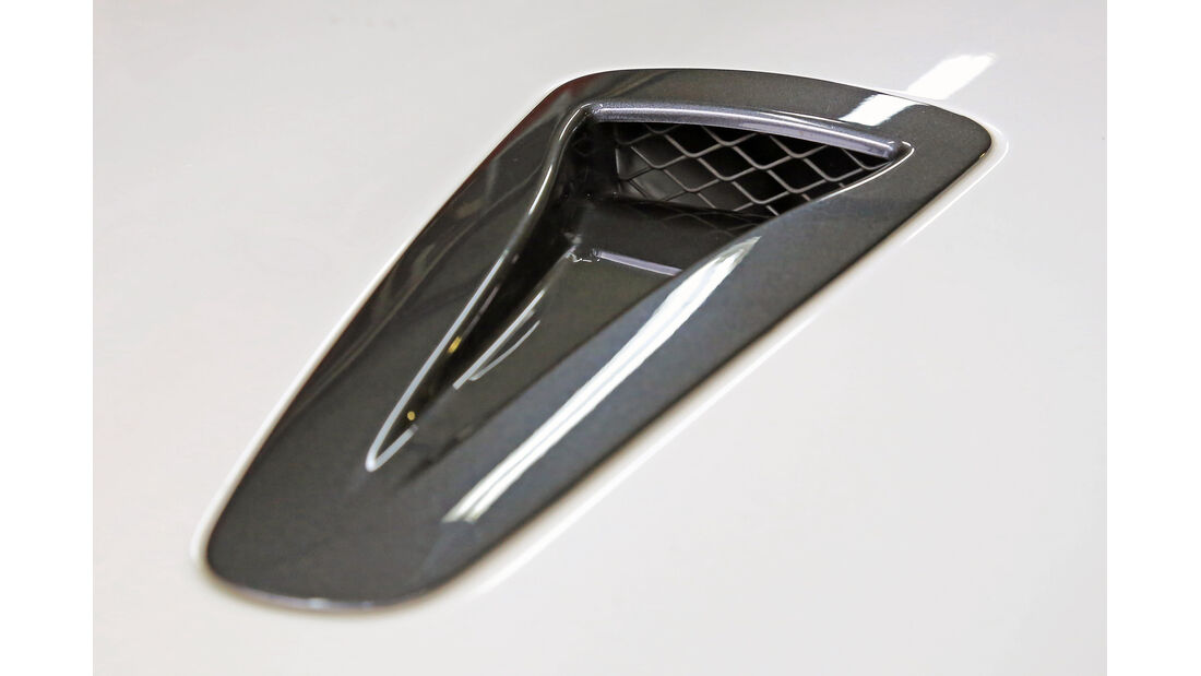 Nissan GT-R, Lufteinzug