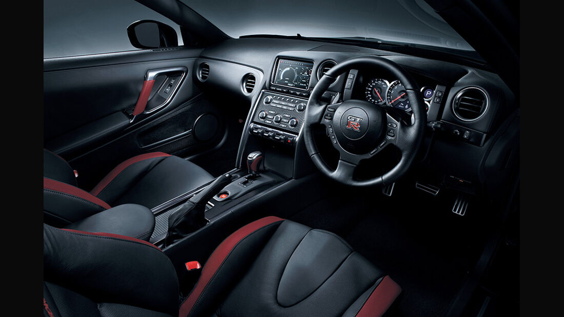 Nissan GT-R Modelljahr 2011, Innenraum