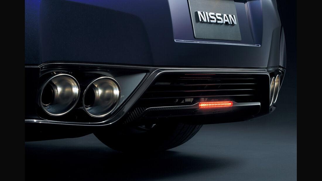 Nissan GT-R Modelljahr 2011, Rücklicht
