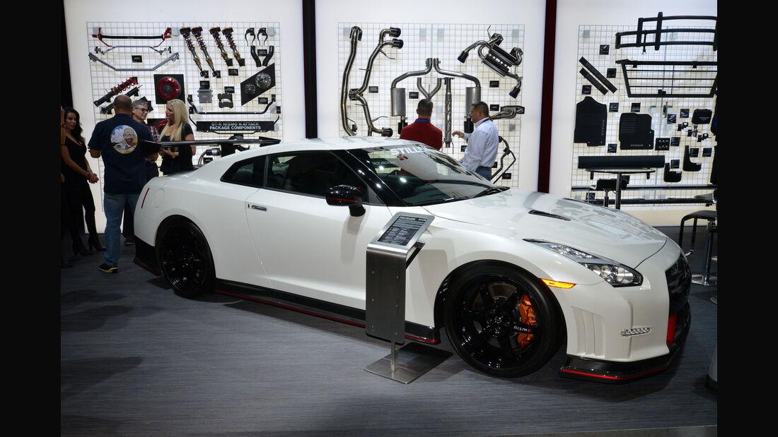 Nissan GT-R Nismo N Attack Package - Sema 2015