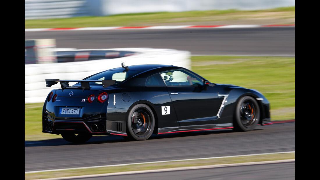 Nissan GT-R Nismo, Seitenansicht