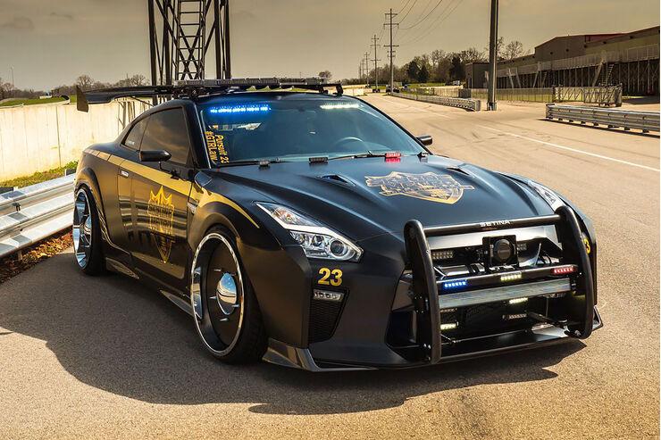Imagenes De Autos Tuning 2017 >> Nissan GT-R Police Pursuit: Copzilla kriegt sie alle - auto motor und sport