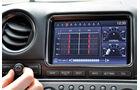 Nissan GT-R, Touchscreen