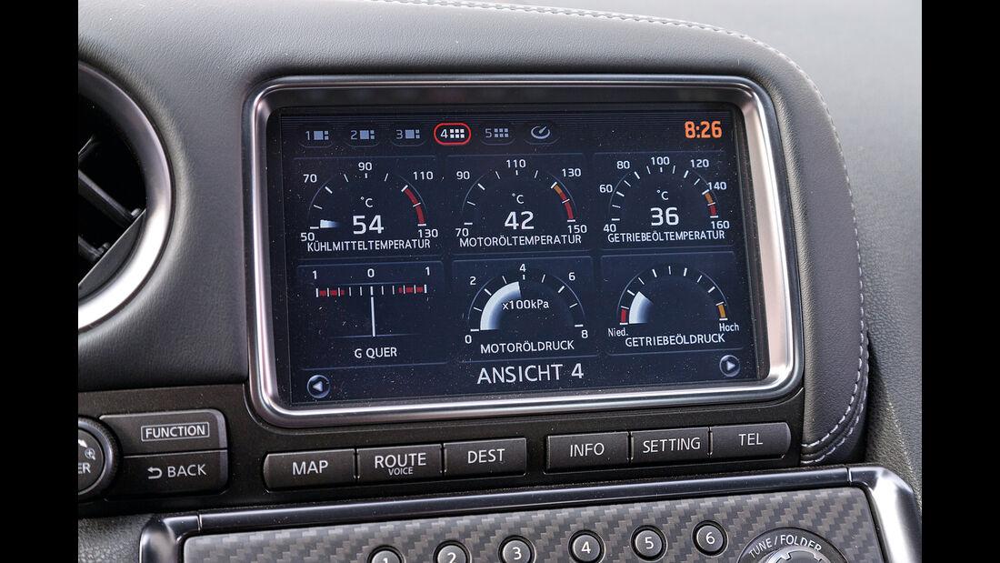 Nissan GT-R Track Edition, Display, Infotainment