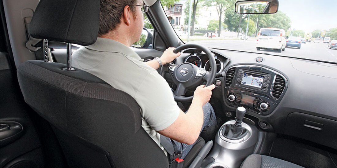 Nissan Juke, Innenraum, Cockpit
