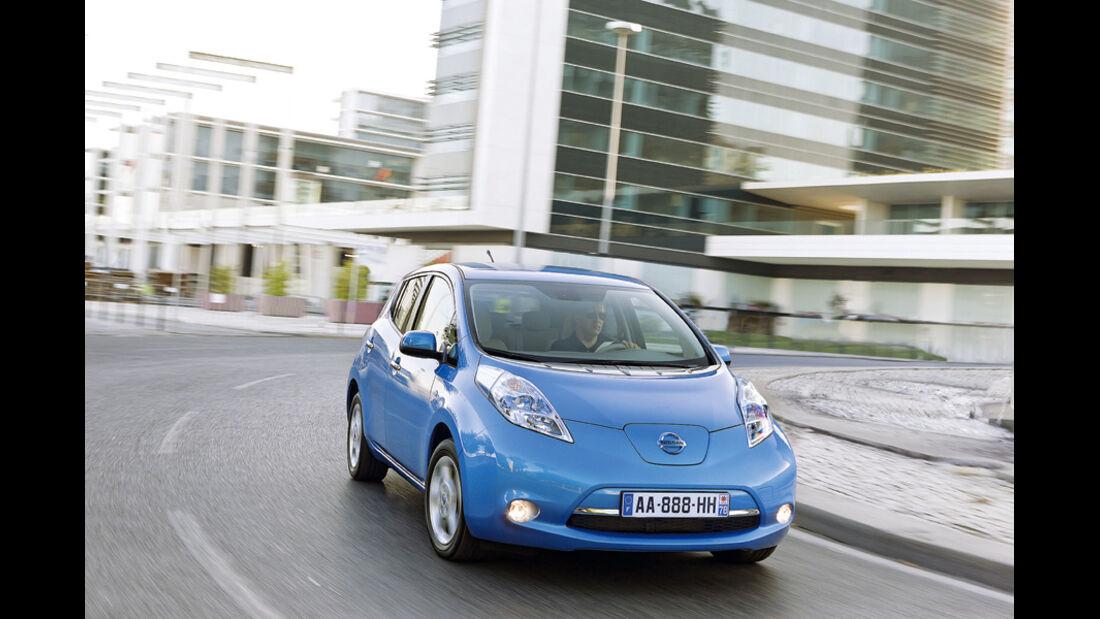 Nissan Leaf, 2010, Erstes Elektroauto
