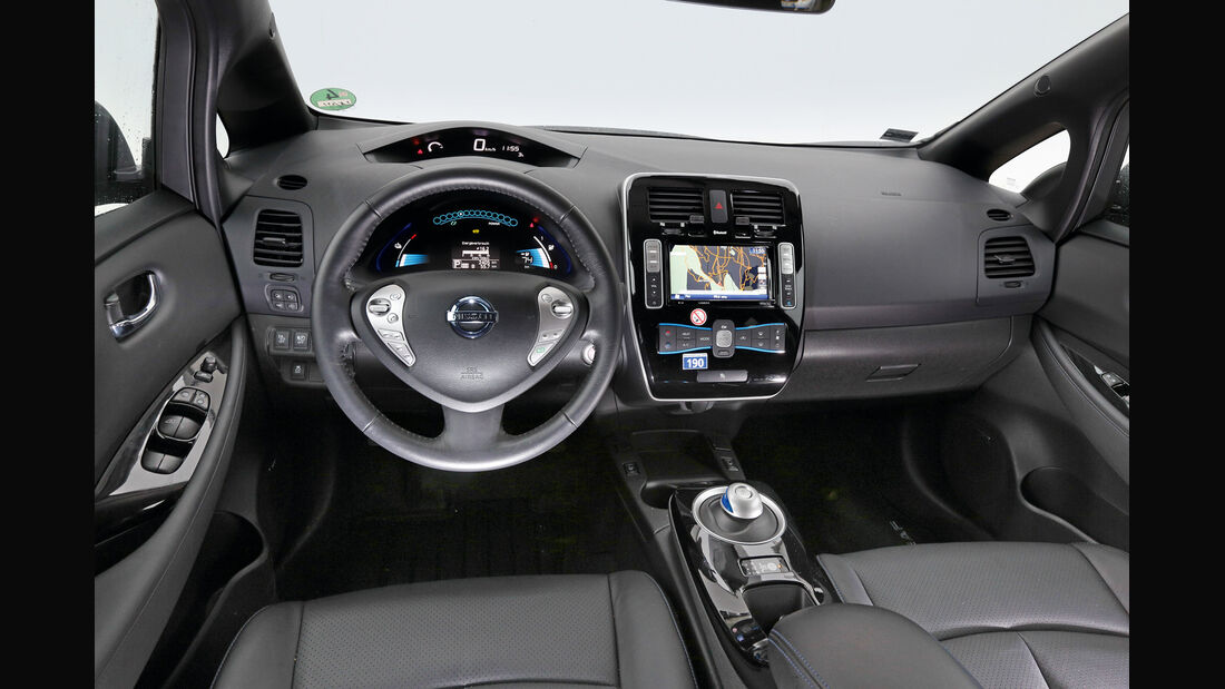 Nissan Leaf, Cockpit