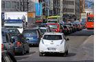 Nissan Leaf, Heckansicht, Busspur
