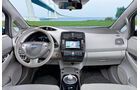Nissan Leaf, Innenraum, Cockpit
