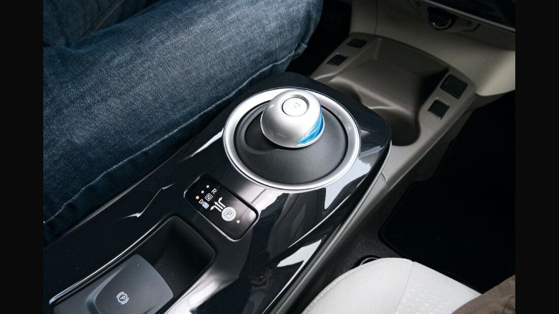 Nissan Leaf, Wählhebel, Mittelkonsole
