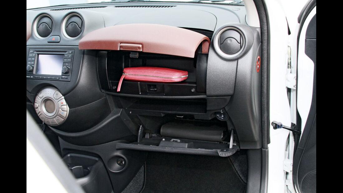 Nissan Micra 1.2 DIG-S, Handschuhfach