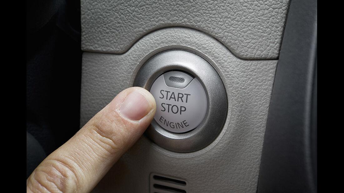 Nissan Micra 1.2 DIG-S ams 16/11, Start-Stopp-Knopf
