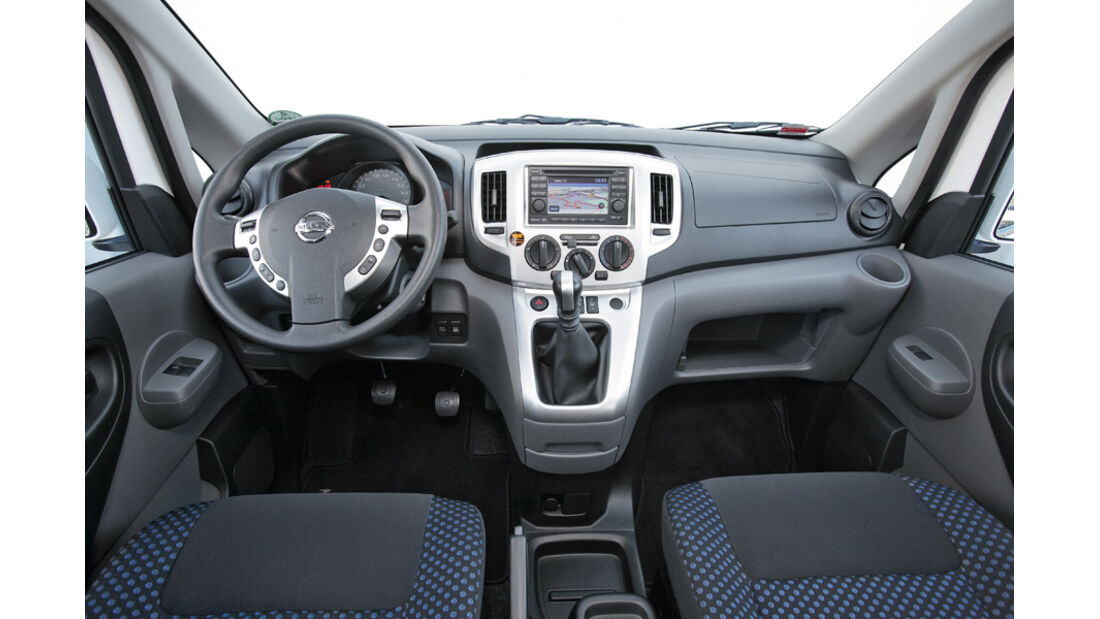 Nissan NV 200 Evalia dCi 110, Cockpit