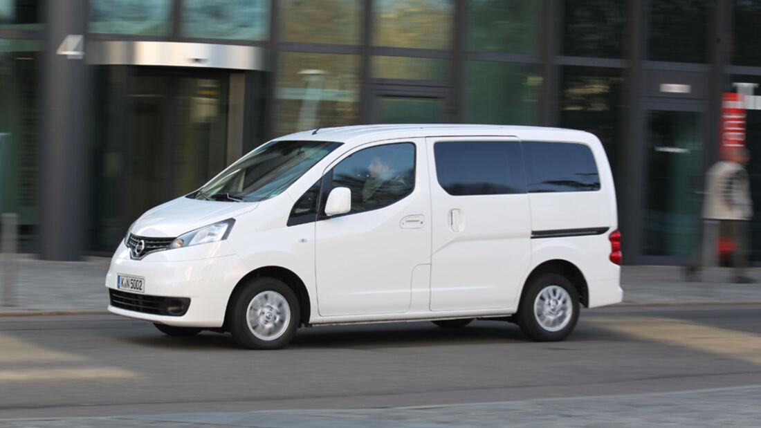 Nissan NV 200 Evalia dCi 110, Seitenansicht