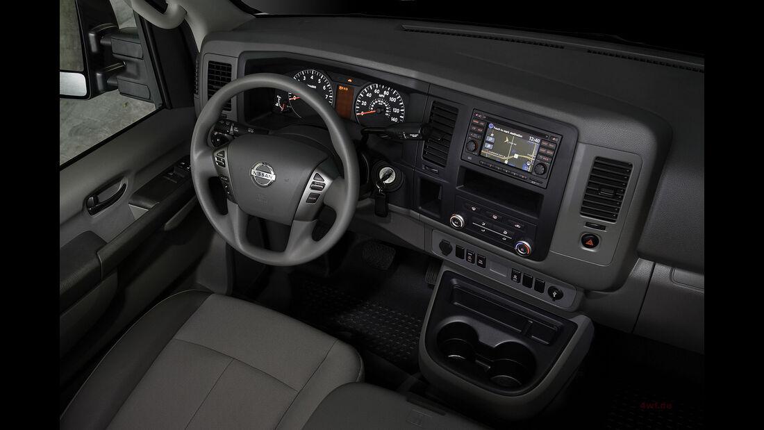 Nissan NV Cargo X Offroad-Van