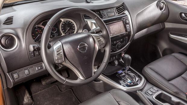 Nissan Navara Interieur