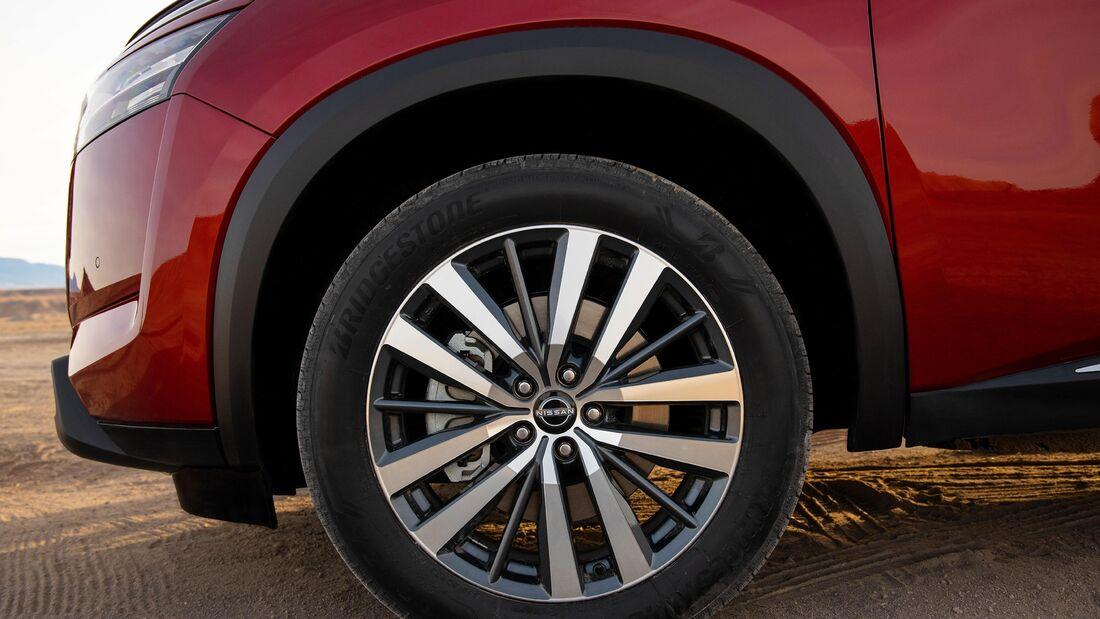 Nissan Pathfinder (USA) Modelljahr 2021