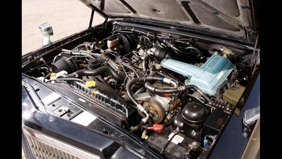 Nissan President 250 Souvereign V8 E