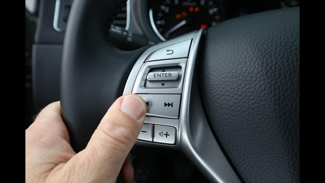 Nissan Pulsar 1.2 DIG-T, Bedienelemente