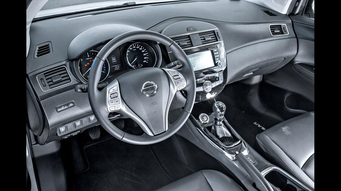 Nissan Pulsar 1.5 dCi, Cockpit