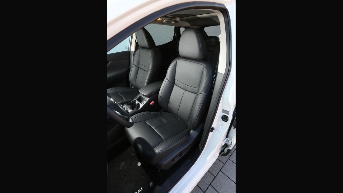 Nissan Qashqai 1.2 DIG-T, Fahrersitz