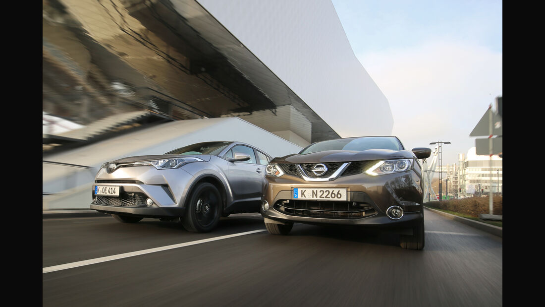 Nissan Qashqai 1.2 DIG-T, Toyota C-HR 1.2 T, Frontansicht