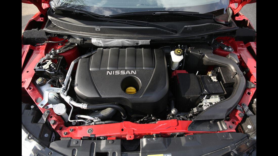 Nissan Qashqai 1.2 DIG-T gegen Nissan Qashqai 1.5 dCi