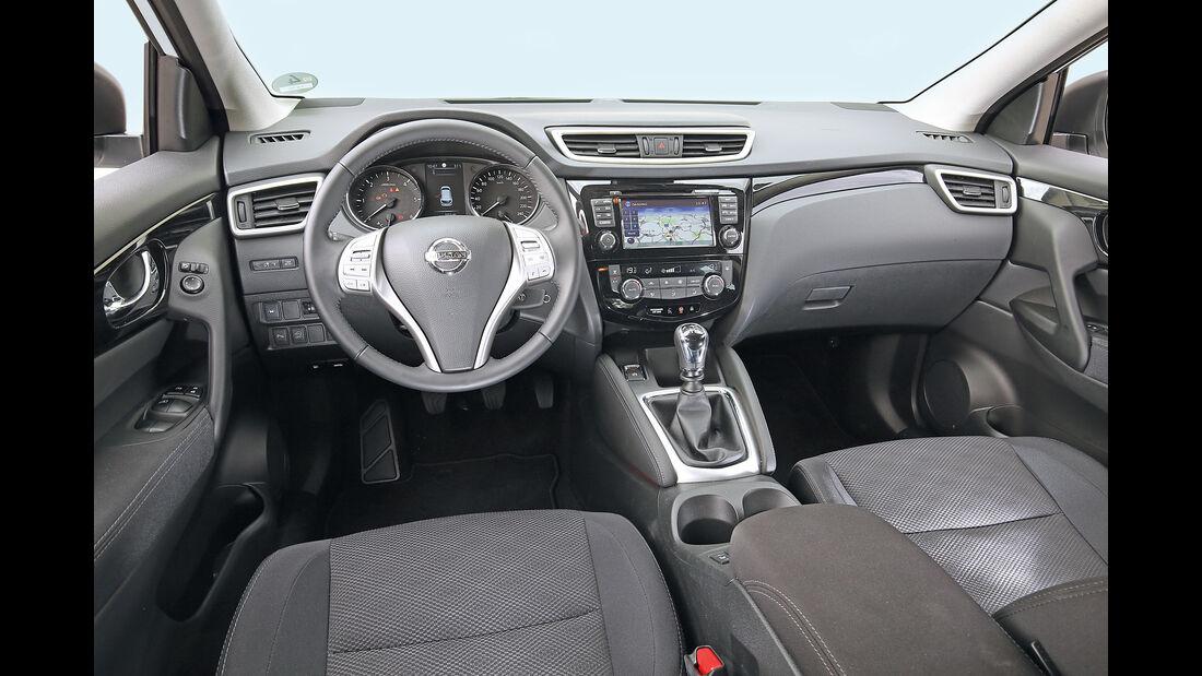 Nissan Qashqai 1.6 DCi 4X4, Cockpit