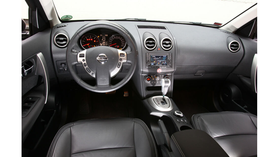 Nissan Qashqai 2.0 dCi Allmode 4x4, Cockpit