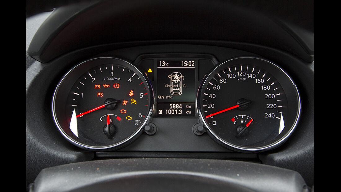 Nissan Qashqai+2und VW Golf Variant