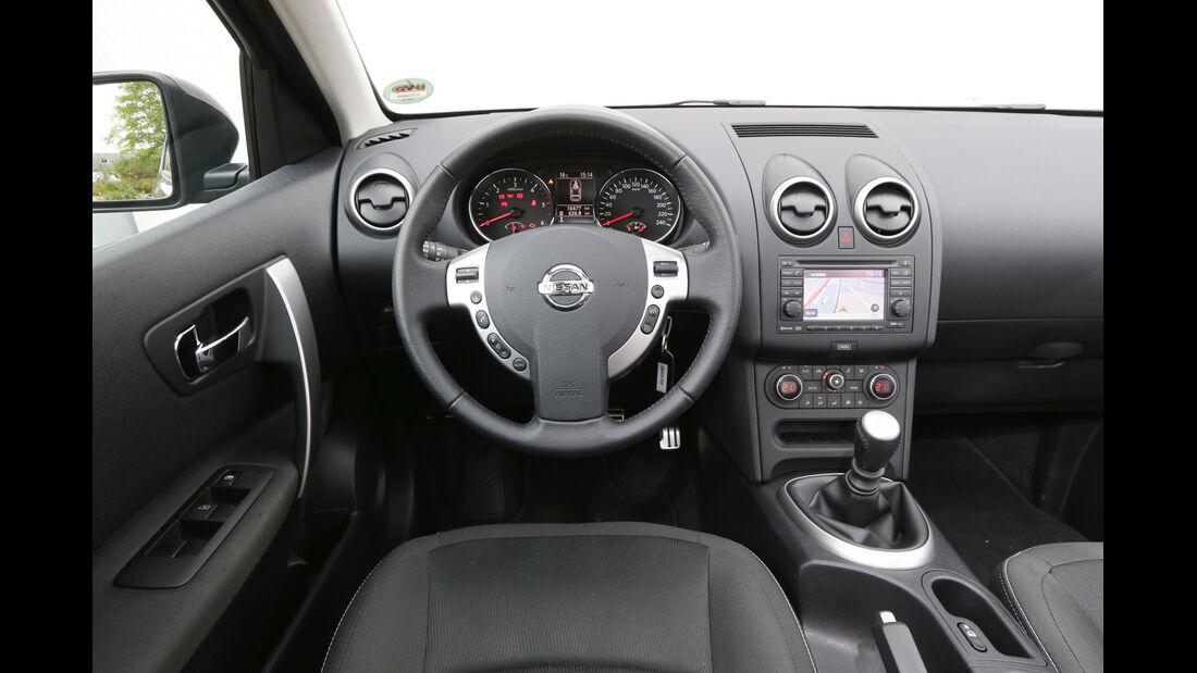 Nissan Qashqai dCi 130, Cockpit, Lenkrad