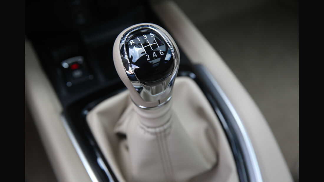 Nissan X-Trail 1.6 dCi 2WD, Schalthebel, Schaltung