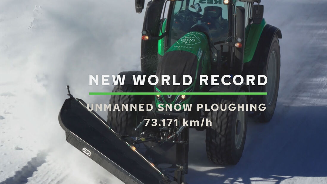 Nokian Valtra Traktor Weltrekord Schneeräumen