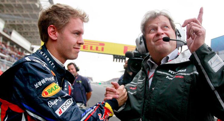 Norbert Haug Sebastian Vettel 2011