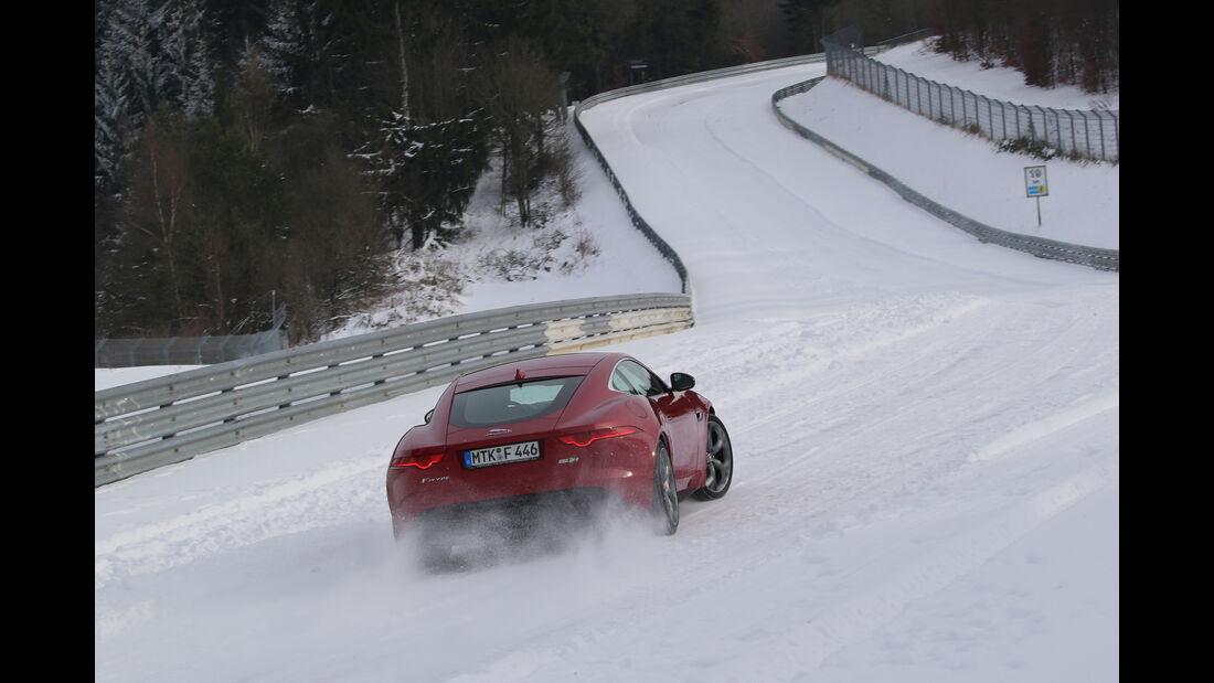 Nordschleife im Schnee, Impression Jaguar F-Type R AWD Coupé
