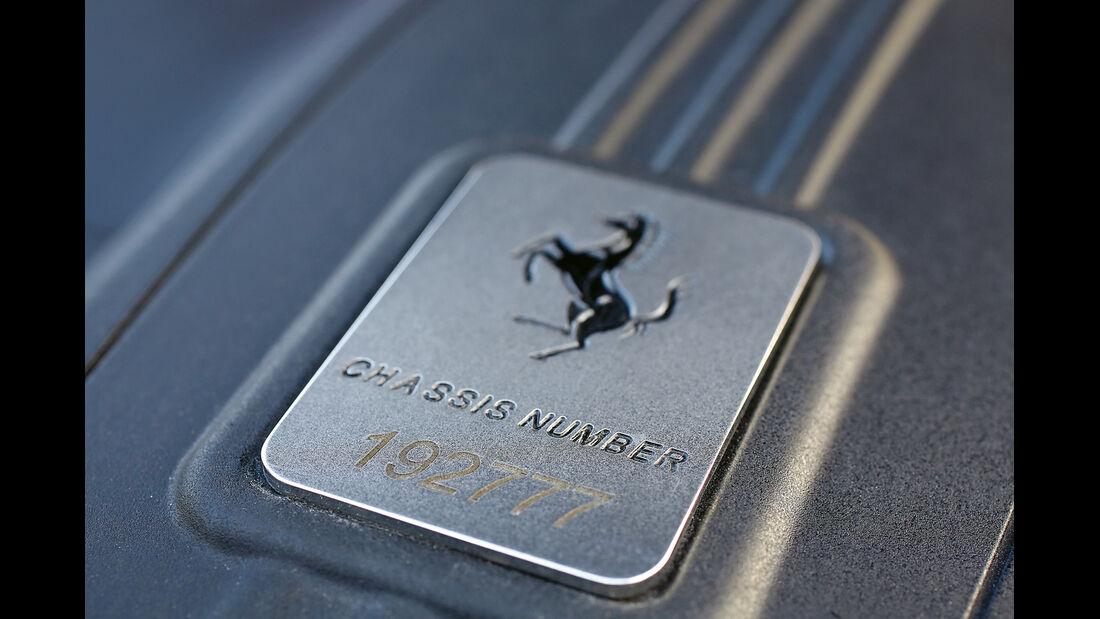 Novitec-Ferrari F12 N-Largo, Chassis-Nummer, Emblem