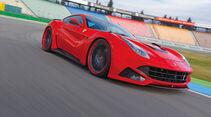 Novitec-Ferrari F12 N-Largo, Seitenansicht, Kurvenfahrt
