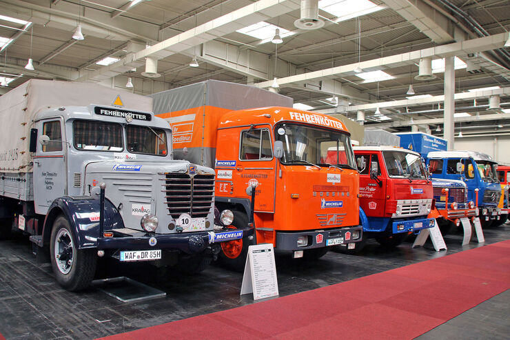 iaa 2016 oldies und us trucks eine halle voll gold auto motor und sport. Black Bedroom Furniture Sets. Home Design Ideas