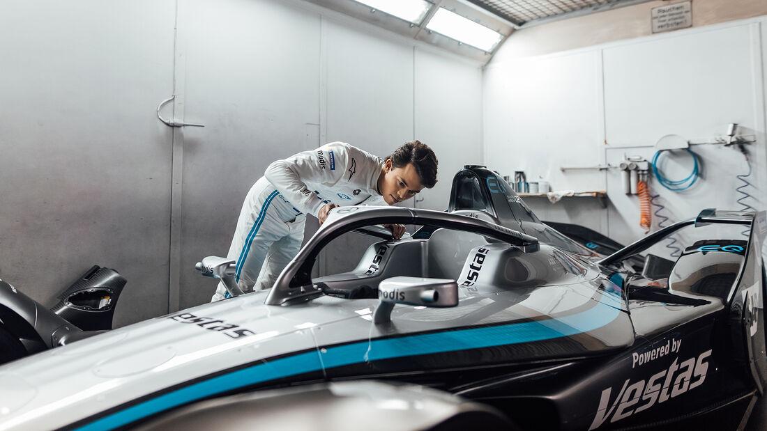 Nyck de Vries - Mercedes-Benz EQ Silver Arrow 02 - Formel E