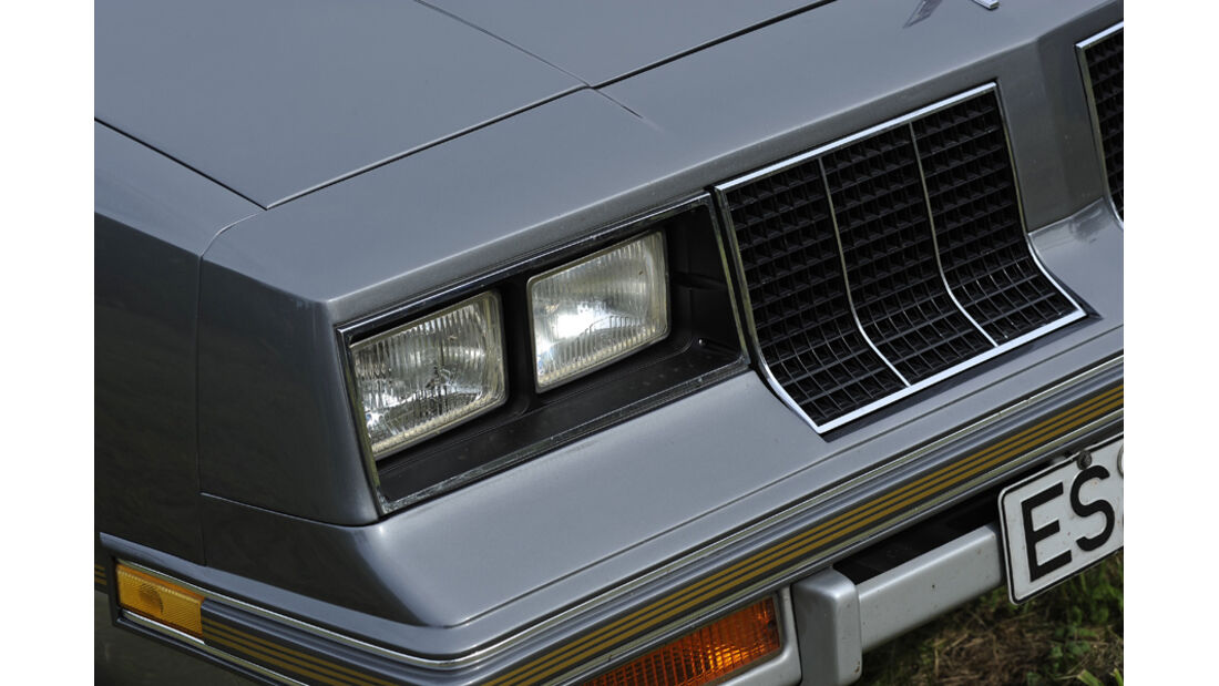 Oldsmobile Cutlass Surpreme 442, Front, Frontlicht
