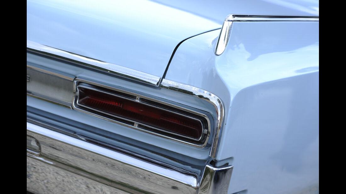 Oldsmobile Jestar, Heckflosse, Rücklicht